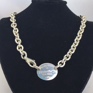 Tiffany oval 'Return to Sender' necklace.